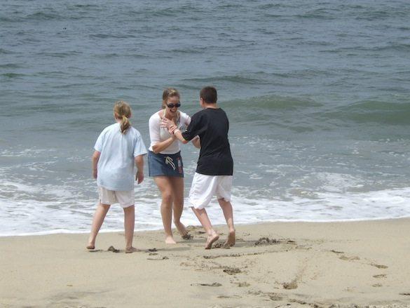 Kids-Beach-Half-Moon-Bay