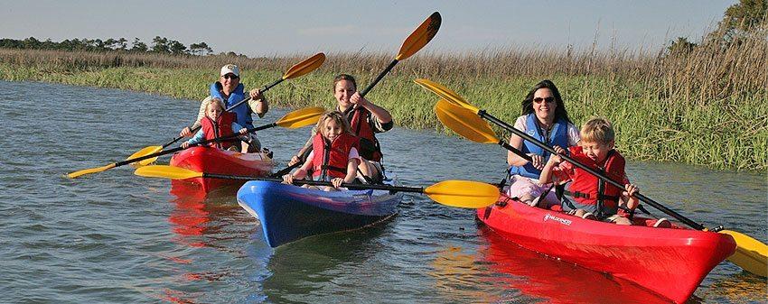 family_kayaking
