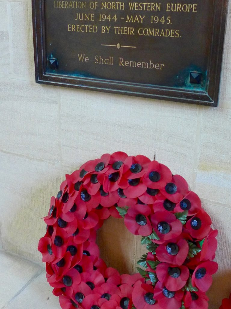 poppy-war-memorial