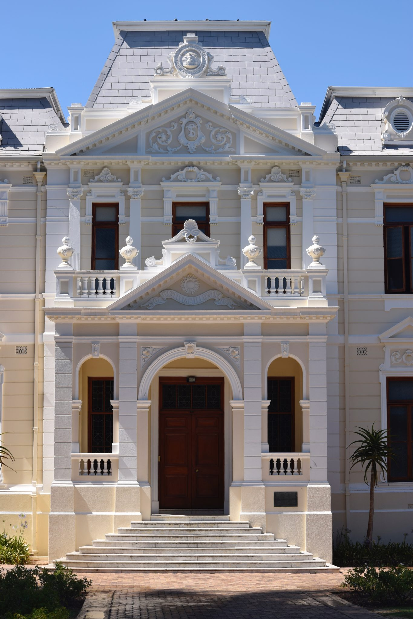 Stellenbosch-grand-mansion