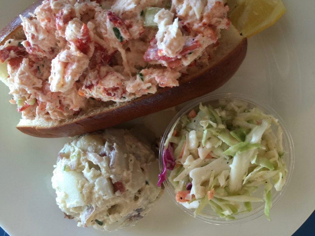 grossmans-lobster-roll-montauk