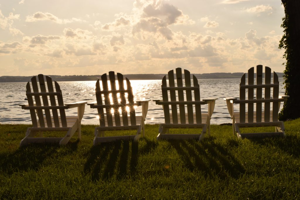adirondack-chairs-aurora-inn