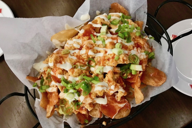 buffalo chicken nachos at Seasons Tavern at the Doubletree by Hilton in Syracuse